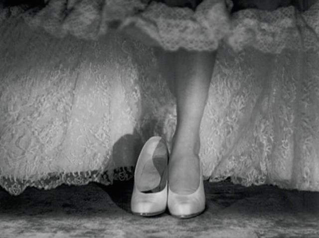 roman-shoe.png
