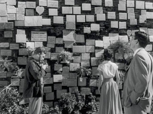 roman-wall.png
