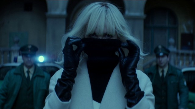 atomicblonde-review2.jpg